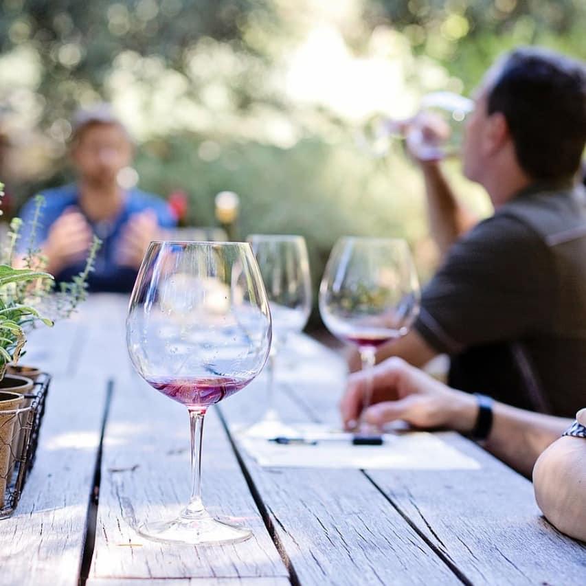 LJW Inversores - Proyecto vitivinícola, inversión con renta en dólares